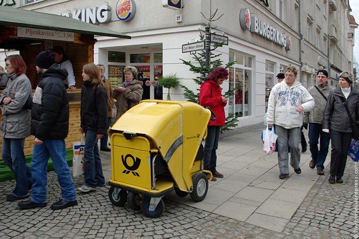 Small Yellow Post Wheelbarrow in Berlin