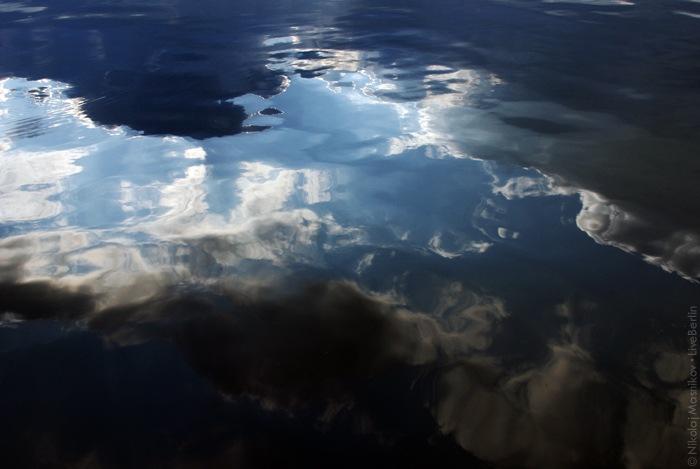 liveberlin-1021-sky-in-water