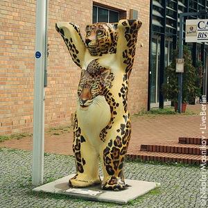 liveberlin-1146-leopardobear-small