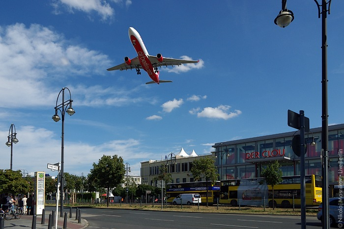 liveberlin-1150-tegel-low-flying-planes